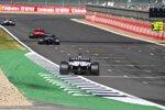 Charles Leclerc (Ferrari), Lewis Hamilton (Mercedes) und Romain Grosjean (Haas)
