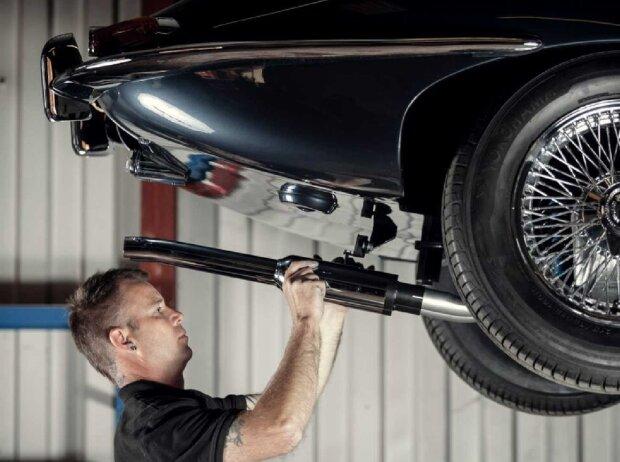 Jaguar E-Type Abgasanlage