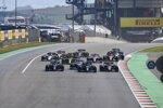 Lewis Hamilton (Mercedes), Valtteri Bottas (Mercedes), Lance Stroll (Racing Point) und Charles Leclerc (Ferrari)