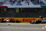 Carlos Sainz (McLaren) und Kevin Magnussen (Haas)