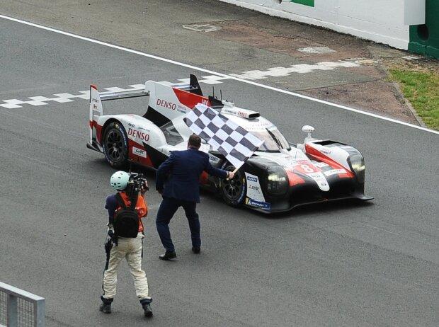 Kazuki Nakajima, Fernando Alonso