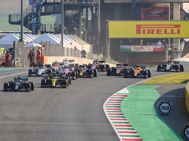 Lewis Hamilton, Daniel Ricciardo, Valtteri Bottas, Sergio Perez, Daniil Kwjat, Alexander Albon