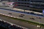 Lewis Hamilton (Mercedes), Max Verstappen (Red Bull), Valtteri Bottas (Mercedes) und Sergio Perez (Racing Point)