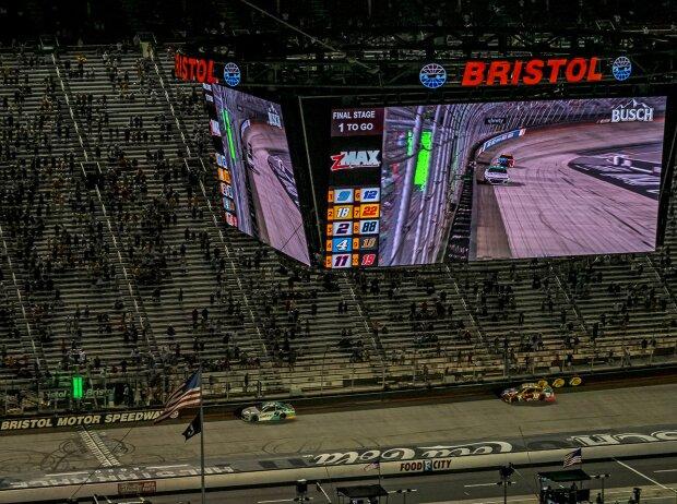 NASCAR-Action auf dem Bristol Motor Spedway