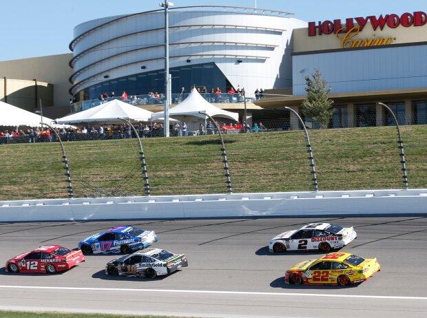 NASCAR-Action auf dem Kansas Speedway