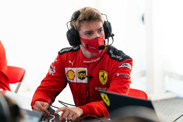 ~Robert Schwarzman (Ferrari)~