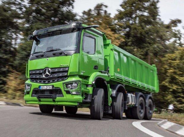Arocs 4146 K, 8x4/4, OM 470, R6, 10,7 l, Euro VI, D, 335 kW (455 PS), 2200 Nm