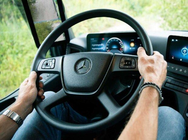 Mercedes-Benz Arocs (2021)