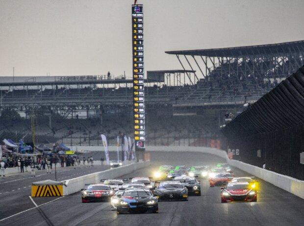 Start zu den 8h Indianapolis der IGTC-Saison 2020