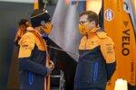 Carlos Sainz (McLaren) und Andreas Seidl
