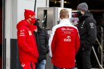 Sebastian Vettel (Ferrari), Mick Schumacher und Toto Wolff