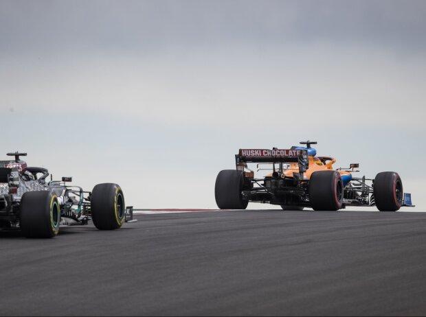 Carlos Sainz, Lewis Hamilton