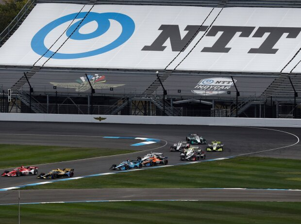 IndyCar-Action auf dem Indianapolis-Rundkurs