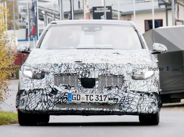 Mercedes-AMG C 53 (2021) auf neuen Erlkönigbildern