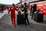 Sebastian Vettel (Ferrari) und Daniel Ricciardo (Renault)