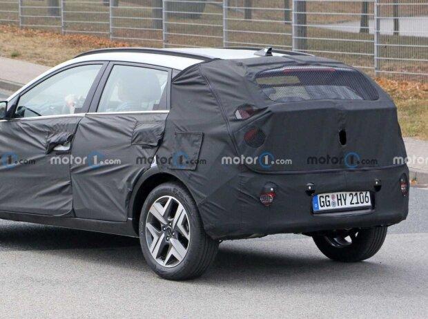 Hyundai Bayon (2021) auf ersten Erlkönigfotos