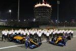 Carlos Sainz (McLaren), Lando Norris (McLaren), Zak Brown und Andreas Seidl