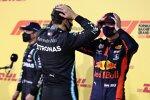 George Russell (Mercedes) und Max Verstappen (Red Bull)