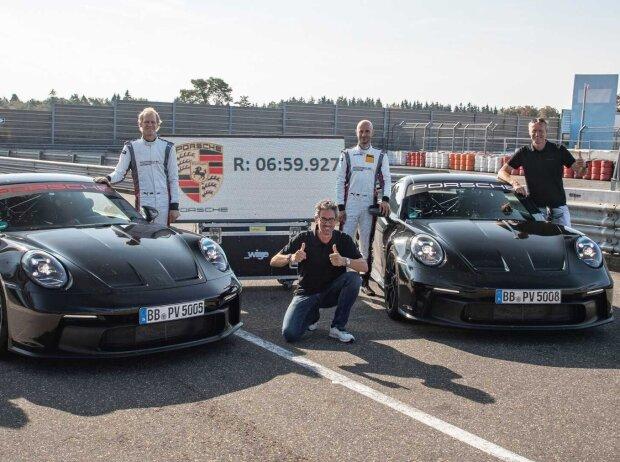 Jörg Bergmeister, Lars Kern, Porsche 911 GT3 Nürburgring-Runde