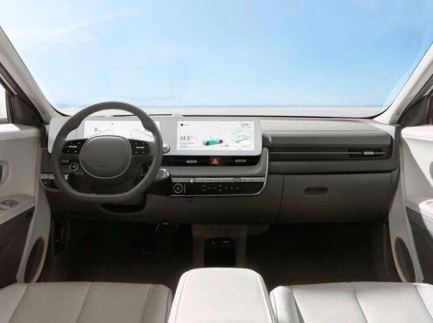 Cockpit des Hyundai IONIQ 5