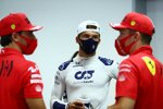 Carlos Sainz (Ferrari), Pierre Gasly (AlphaTauri) und Charles Leclerc (Ferrari)