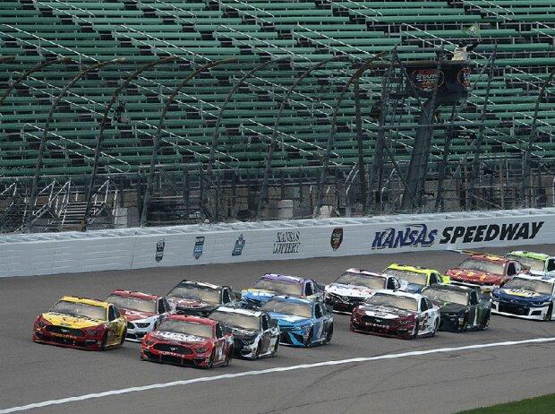 NASCAR auf dem Kansas Speedway