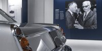Gianni Agnelli und Ferrari im Museum in Modena