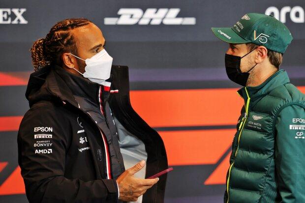 Lewis Hamilton Sebastian Vettel Ferrari Ferrari F1Mercedes Mercedes F1Aston Martin Aston Martin F1 ~Lewis Hamilton (Mercedes) und Sebastian Vettel (Aston Martin) ~