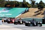 Lewis Hamilton (Mercedes), Max Verstappen (Red Bull), Carlos Sainz (Ferrari) und Sergio Perez (Red Bull)
