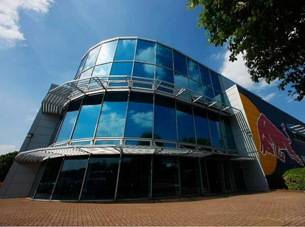 Red-Bull-Fabrik in Milton Keynes