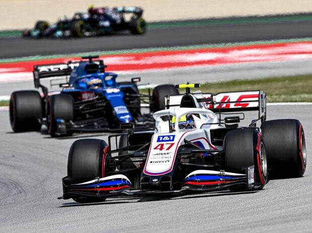Mick Schumacher, Fernando Alonso