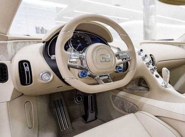 Bugatti Chiron habille par Hermes