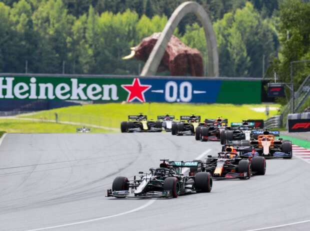 Lewis Hamilton, Max Verstappen, Carlos Sainz, Valtteri Bottas, Alexander Albon