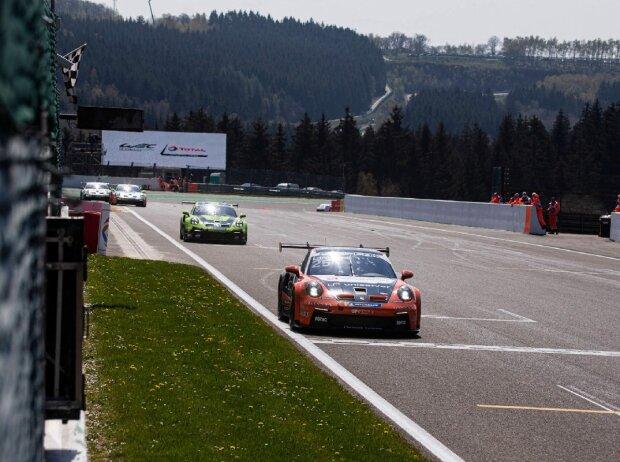 Foto vom vom Auftakt-Wochenende des Porsche Carrera Cup Deutschland 2021