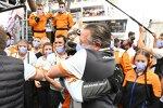 Lando Norris (McLaren) und Zak Brown