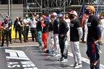 Sebastian Vettel (Aston Martin), Charles Leclerc (Ferrari), Mick Schumacher (Haas), Antonio Giovinazzi (Alfa Romeo), Fernando Alonso (Alpine), Kimi Räikkönen (Alfa Romeo) und Max Verstappen (Red Bull)