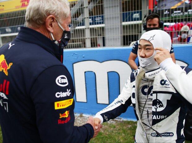 Helmut Marko und Yuki Tsunoda vor dem Start zum Grand Prix von Spanien in Barcelona 2021