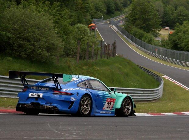 Falken-Porsche auf der Nürburgring-Nordschleife