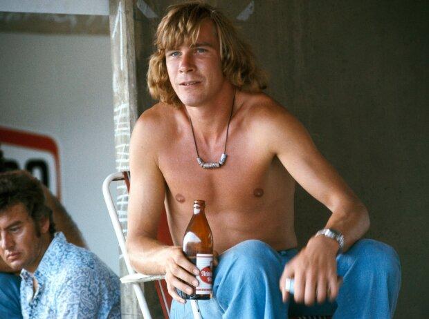 James Hunt mit Bier