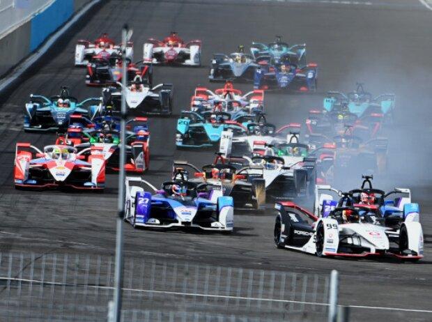 Start der Formel E 2021 in Puebla: Pascal Wehrlein führt