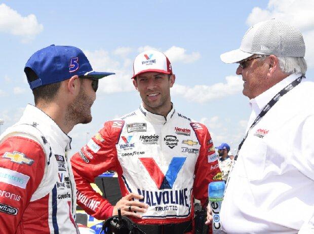 Kyle Larson mit Crewchief Cliff Daniels und Teambesitzer Rick Hendrick