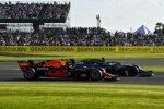 Lance Stroll (Aston Martin) und Sergio Perez (Red Bull)
