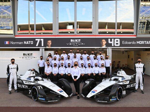 Gruppenfoto des Formel-E-Teams Venturi