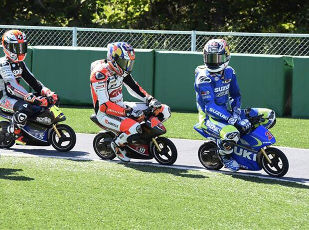 MotoGP-Piloten 2015 auf Mini-Bikes