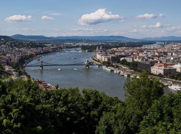 Budapest liegt an der Donau