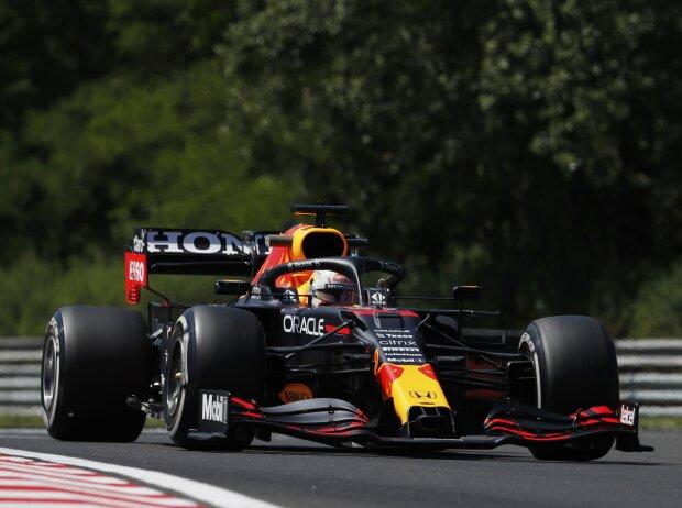 Max Verstappen (Red Bull) im ersten Freien Training zum Grand Prix von Ungarn auf dem Hungaroring bei Budapest 2021