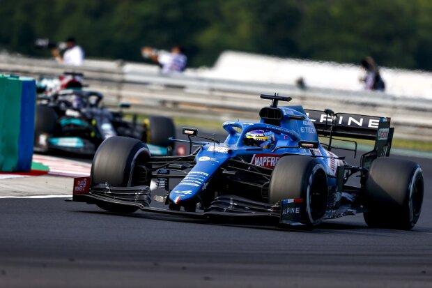 Fernando Alonso Lewis Hamilton Alpine Alpine F1Mercedes Mercedes F1 ~Fernando Alonso (Alpine) und Lewis Hamilton (Mercedes) ~