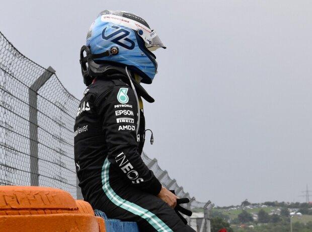 Valtteri Bottas (Mercedes) nach dem von ihm ausgelösten Startunfall beim Grand Prix von Ungarn 2021 auf dem Hungaroring bei Budapest