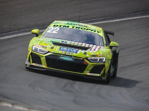 Lirim Zendeli startet im Audi R8 LMS GT4 von T3 Motorsport auf dem Nürburgring in der DTM-Trophy