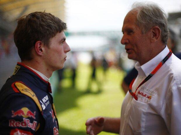 Max Verstappen (Toro Rosso) im Gespräch mit Red Bulls Motorsportkonsulent Helmut Marko